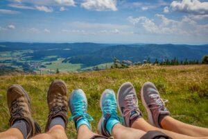 Nizki pohodni čevlji