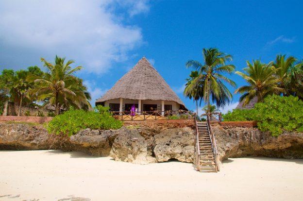 Zanzibar je skupno ime dveh tanzanijskih otokov